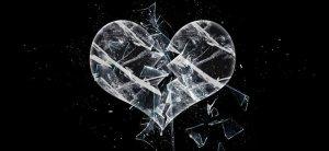 broken_glass_heart_by_sherrybookirk-d8npe3i