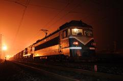 trein-bij-nacht-35568924